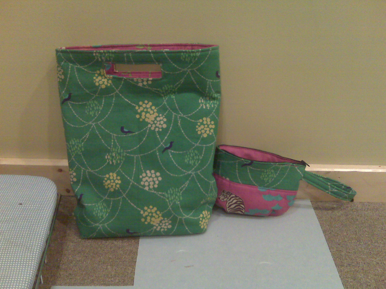 [green+bag+and+wallet.aspx]