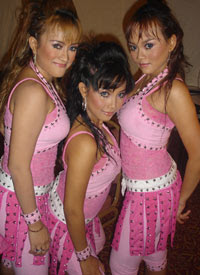 Trio Macan Hot Syur