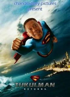 Foto Lucu Tukul Arwana Jadi Superman