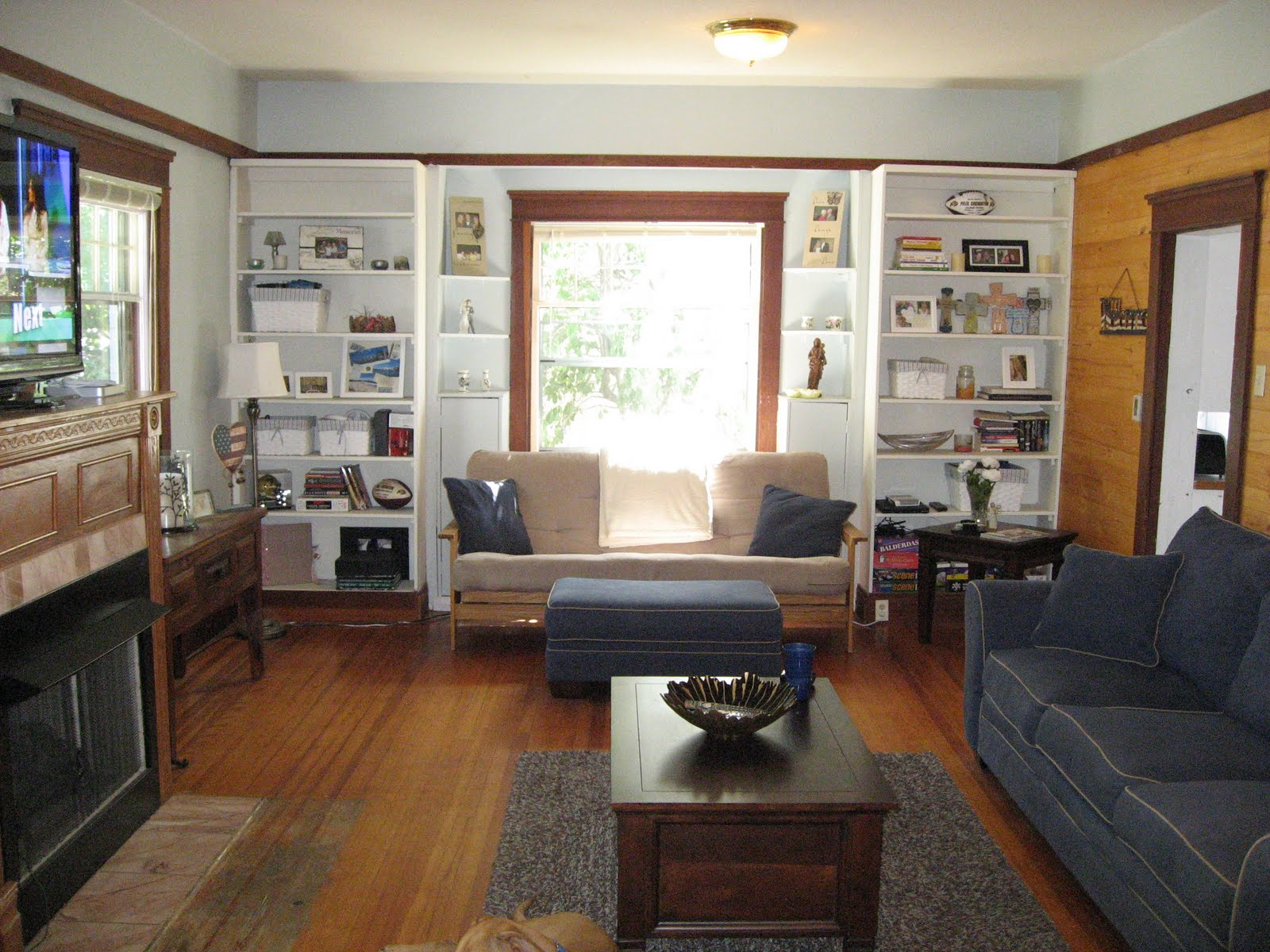 Ordinary Show Living Rooms Part - 6: The Creightons