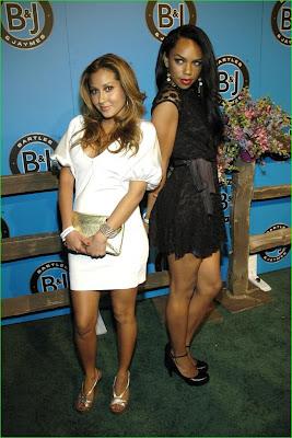 Kim Kardashian Reggie Bush Grinding URBAN-HOOPLA.COM