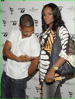 Funny How Usher Is Quick To Flaunt That Belly But Not His Wedding Ring  Finger. Tameka Made Certain To Flash That Huge Rock Of Hers AS She Shows  Off Her ...