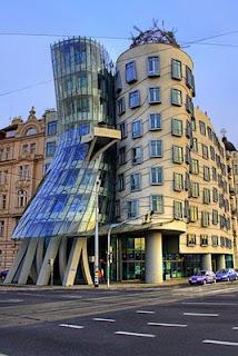 Foto 10 Gedung Super Unik di Dunia