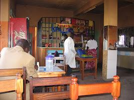 Hotel (Restaurant) in Nunguni