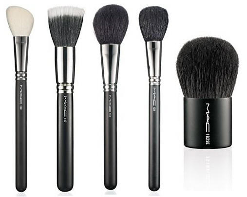 essential makeup brushes. Cleaning make-up brushes needs