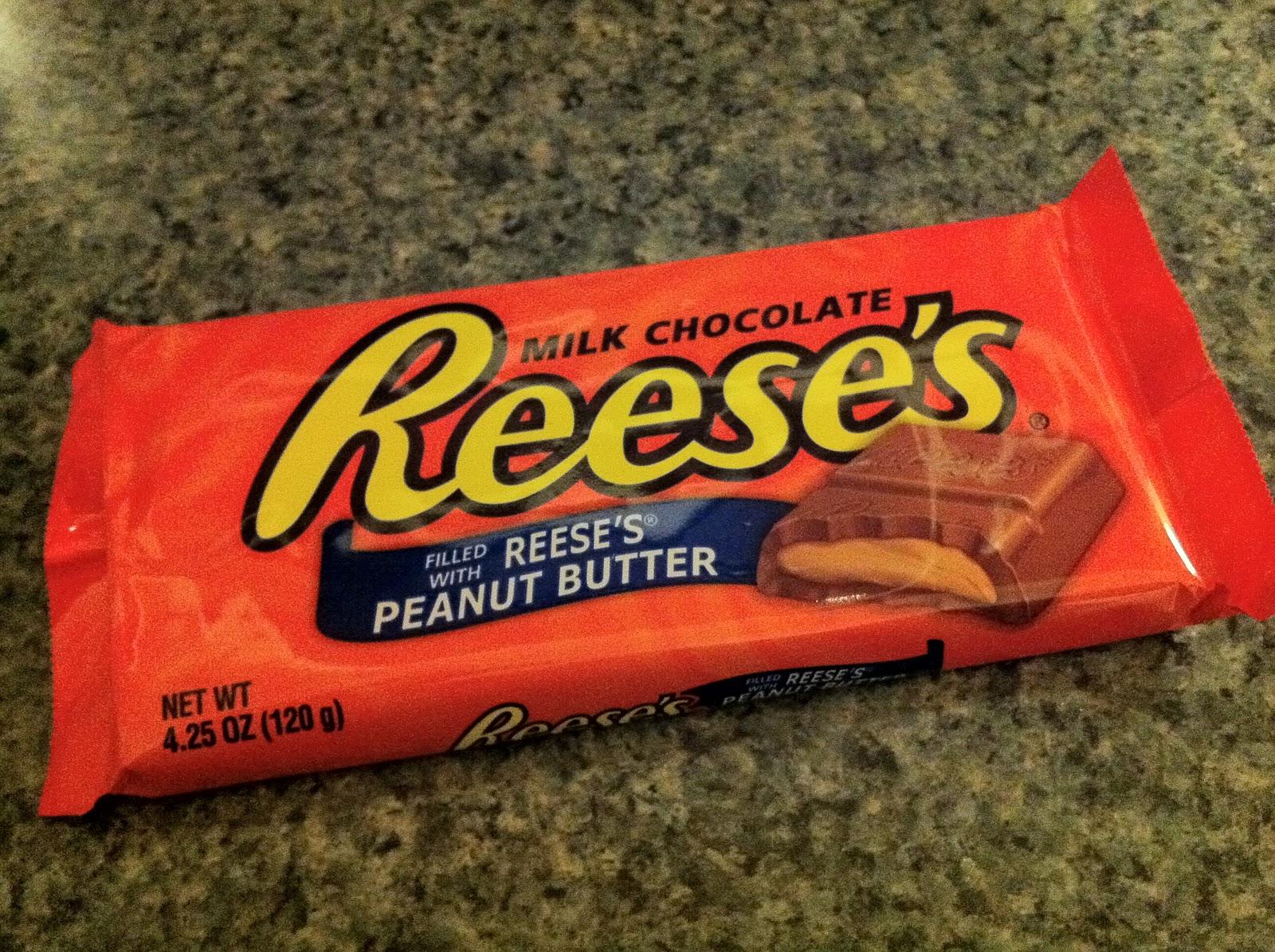 FATGUYFOODBLOG: The Reeses...chocolate bar?