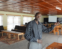 Rwanda Colleague Vivens In English Resource Center