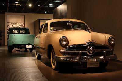 トヨタ博物館,フォード カスタム 4ドアセダン