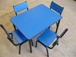 Mesas y sillas para guarderia for Muebles para guarderia