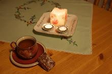 Te i koppen...å et lite støkke kake...nam