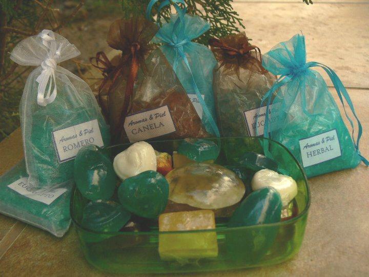 Set De Baño Para Souvenir:sales de baño disponibles para un relajante momento con los aromas