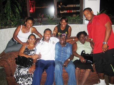 Roberto Nurse y la familia
