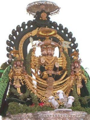 http://2.bp.blogspot.com/_h7qhuHzSykY/SC4HErY7f_I/AAAAAAAAArI/jiE-MZbR3xw/s400/Vallidevasanapathi4.bmp