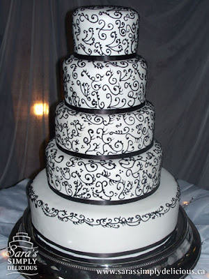 black white wedding cakes