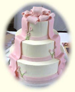 wedding cakes decoration with ribbon