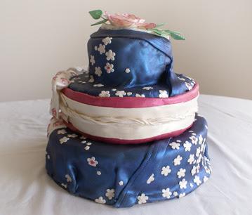 Kimono Wedding Cakes wallpaper
