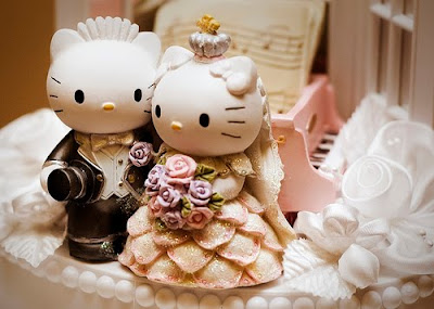Hello Kitty Wedding Cakes