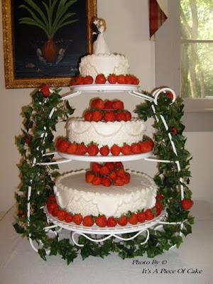 white wedding cake idea