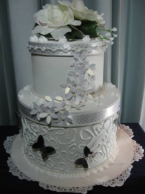 lace cake picture