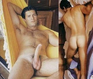 Homens Pelados Mostrando O Pinto E A Bunda