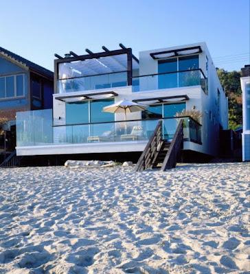 Traumhaus am meer  Traumhäuser & Luxus-Immobilien: Super-modernes Traumhaus am Strand