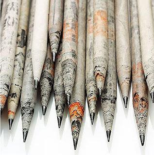 Lápis de papel reciclado