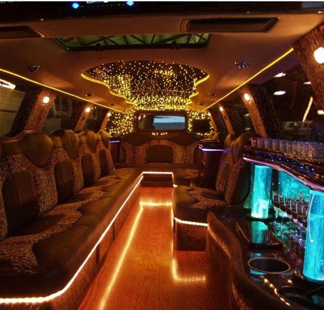 Awesome limo interior 16 pics curious funny photos for Escalade interieur
