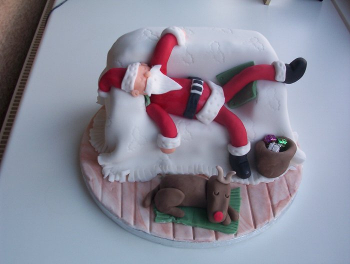 Unusual Christmas Cake Design : 50 Awesome Christmas cakes Funny & Crazy