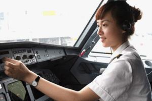 Jadi pilot, ketiak harus tetap wangi dan segar