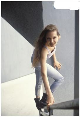 angelina jolie unikboss 2 Foto Foto Angelina Jolie Sewaktu Remaja (9 pic)
