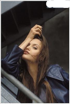 foto artis Seksi Angelina Jolie 9