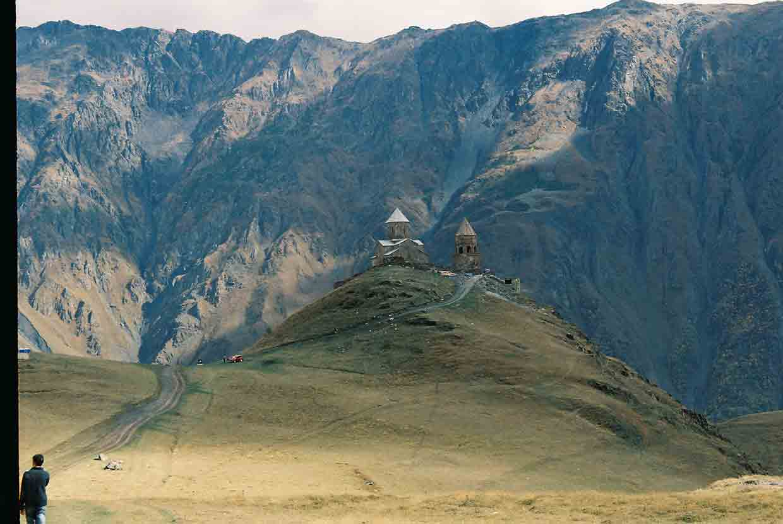 Iglesia de Guergueti y Glaciar de Kazbegi