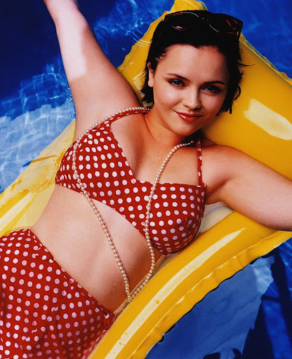 ChristinaRicci Charlotte Herbert and Friends Nude Front Pictures. 10 Jan 2011 at 19:01