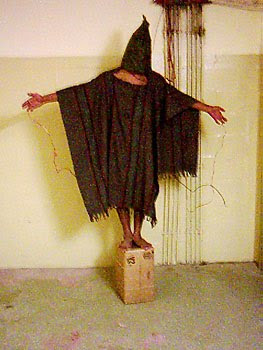 4 18 Point and Shoot: How the Abu Ghraib Images Redefine Photography (2005)
