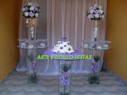 Trio de mesas de vidro redondas