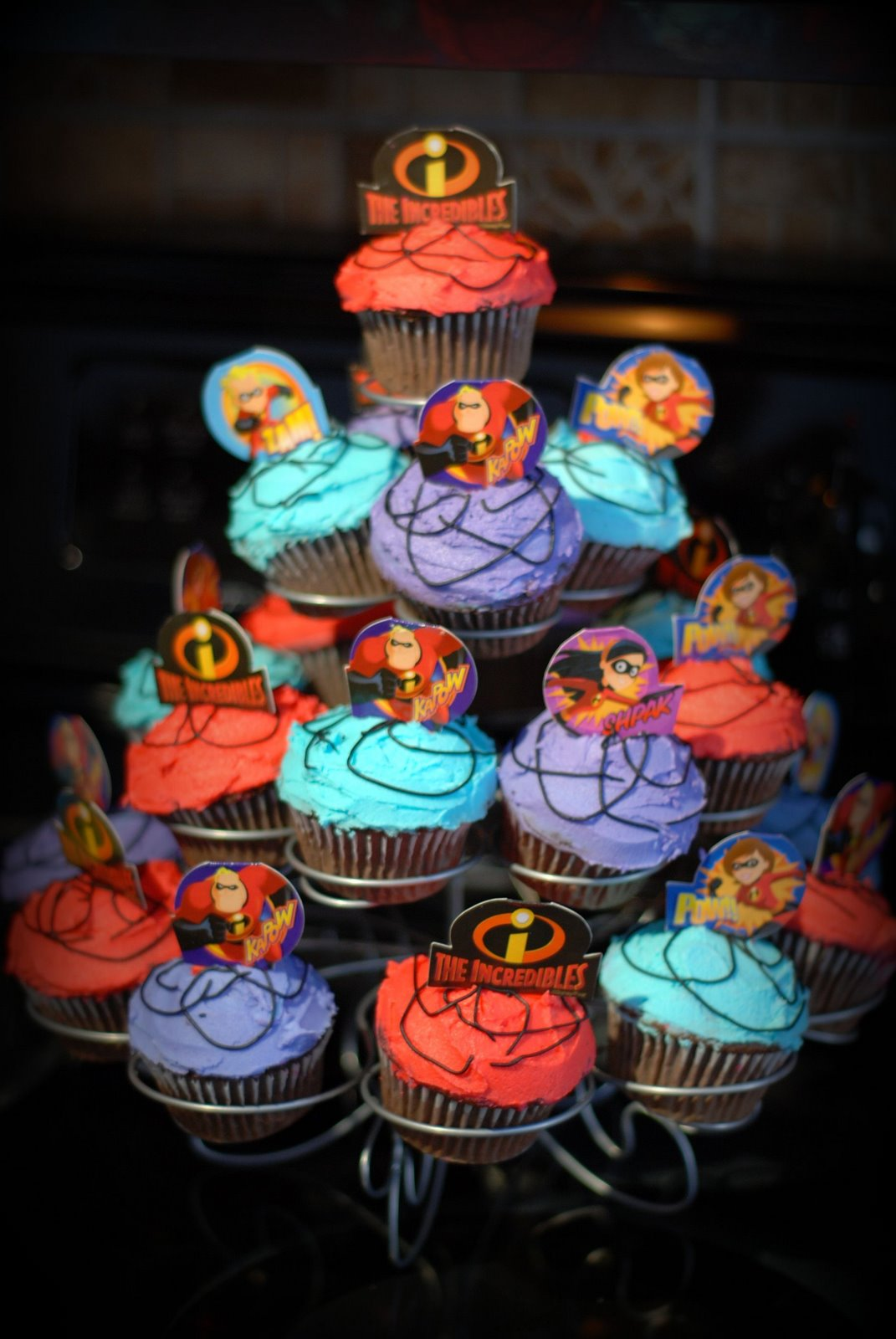 [cupcakes.jpg]
