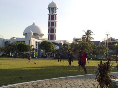 alun alun majalengka sareng masjid Agung Al Imam Majalengka