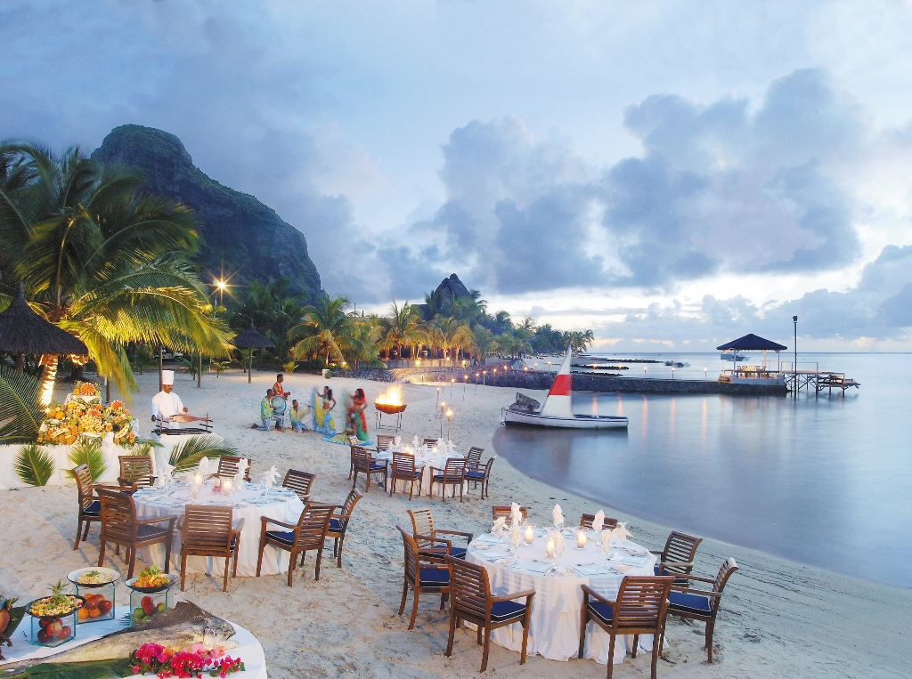 Most beautiful islands republic of mauritius mauritius for Most amazing places to get married