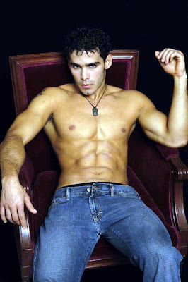 hotties in jeans, hotties with six-pack abs, sitting hunk