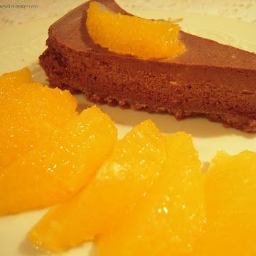 Sernik czekoladowy pachnący pomarańczami - Czytaj więcej »
