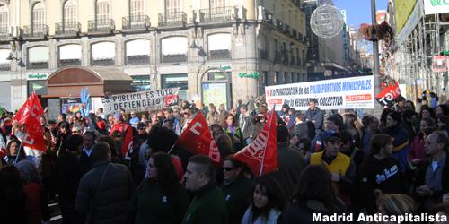 [FOTOS] Huelga y concentración de los trabajadores de las instalaciones deportivas municipales de Madrid 10