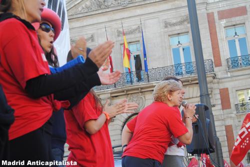 [FOTOS] Huelga y concentración de los trabajadores de las instalaciones deportivas municipales de Madrid 8