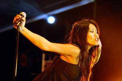 Anggun pregnant is expecting her first child in October