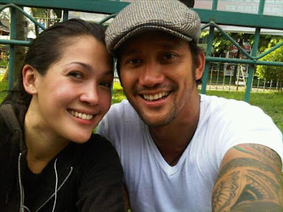 Happy couple Tora Sudiro and Mieke Amalia