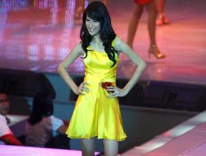 pemenang Miss Celebrity Indonesia 2008 - Stevani Nepa