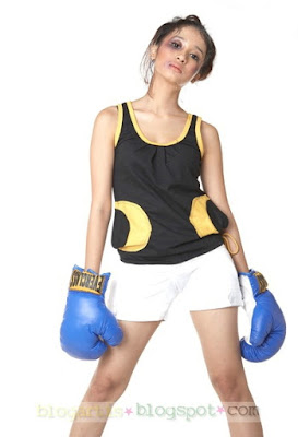 Boxing Girl Game - Laudya Cinthya Bella