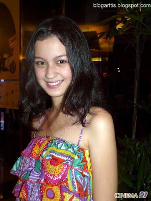Kimberly Ryder Wore Batik Tank Top