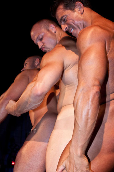 male bodybuilder strippers