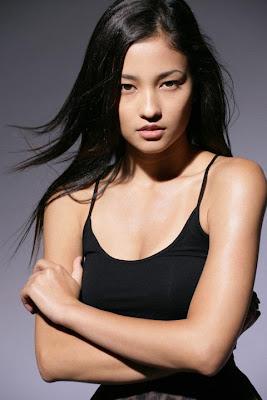 Les plus belles femmes du Monde - Page 2 Meisa_Kuroki_1238864926