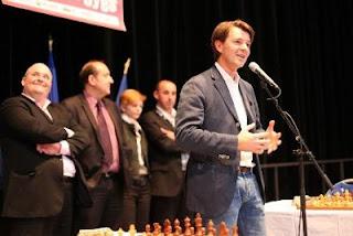 Echecs à Troyes: François Baroin lance le championnat d'échecs jeunes